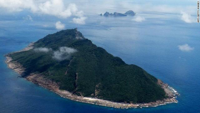 Esta toma aérea tomada el 15 de septiembre de 2010 muestra las islas en disputa conocidas como Senkaku en Japón y Diaoyu en China en el Mar Oriental de China.