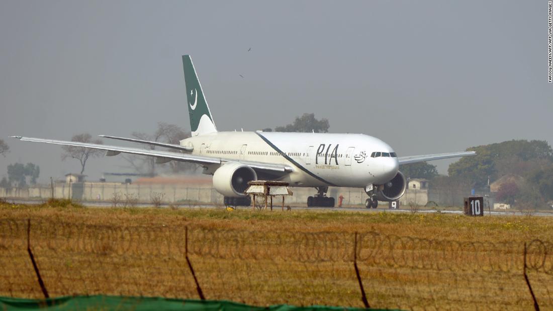 Dozens killed after Pakistani flight crashes(May 2020)
