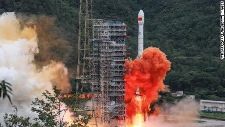 El rival de GPS de China, Beidou, ahora está en pleno funcionamiento después del lanzamiento del satélite final