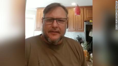 Cofundador del grupo de Maryland que protestó por el estado para reabrir las pruebas positivas para coronavirus