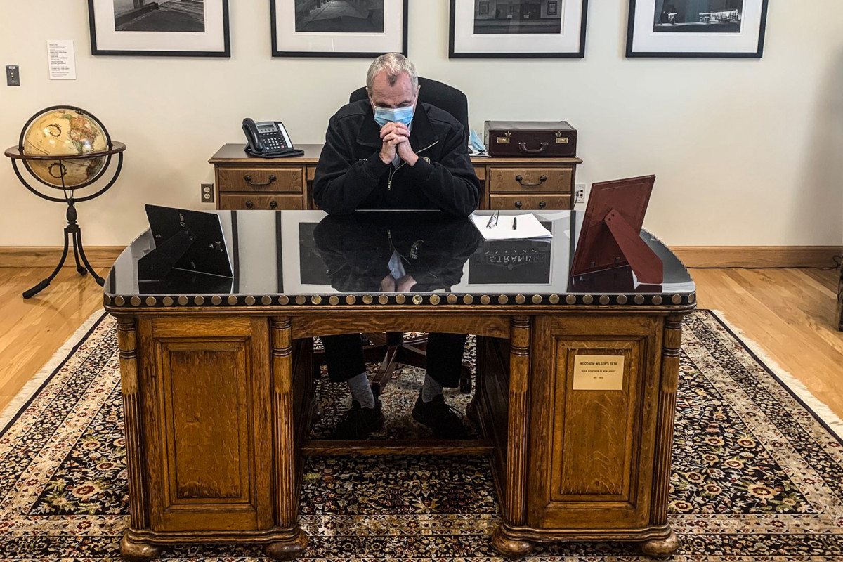 El gobernador Murphy abandona el escritorio de Woodrow Wilson en medio del 'ajuste de cuentas' racial