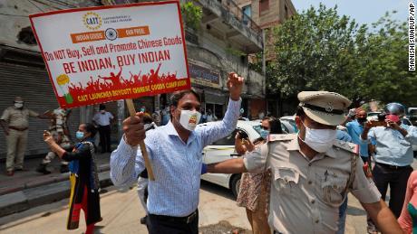 Las tensiones entre China e India se están extendiendo a los negocios globales.