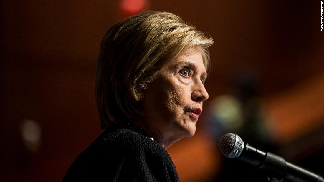 """Hillary Clinton sobre el manejo del coronavirus por parte de Trump: """"Hubiera hecho un mejor trabajo"""""""