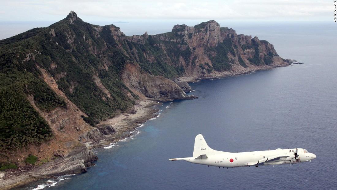 Japón dice que los barcos chinos pasan un tiempo récord violando sus aguas territoriales