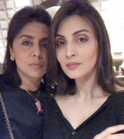 Riddhima y Neetu Kapoor