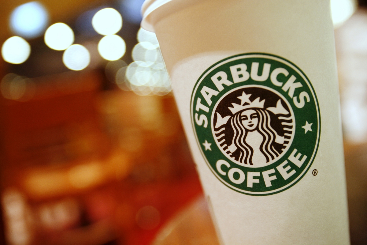 Starbucks barista stands up to anti-masker customer, gets $100K in tips; now she wants half
