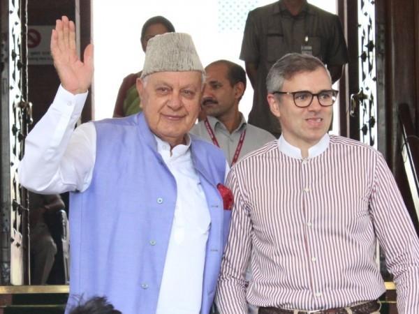 Farooq Abdullah y Omar Abdullah