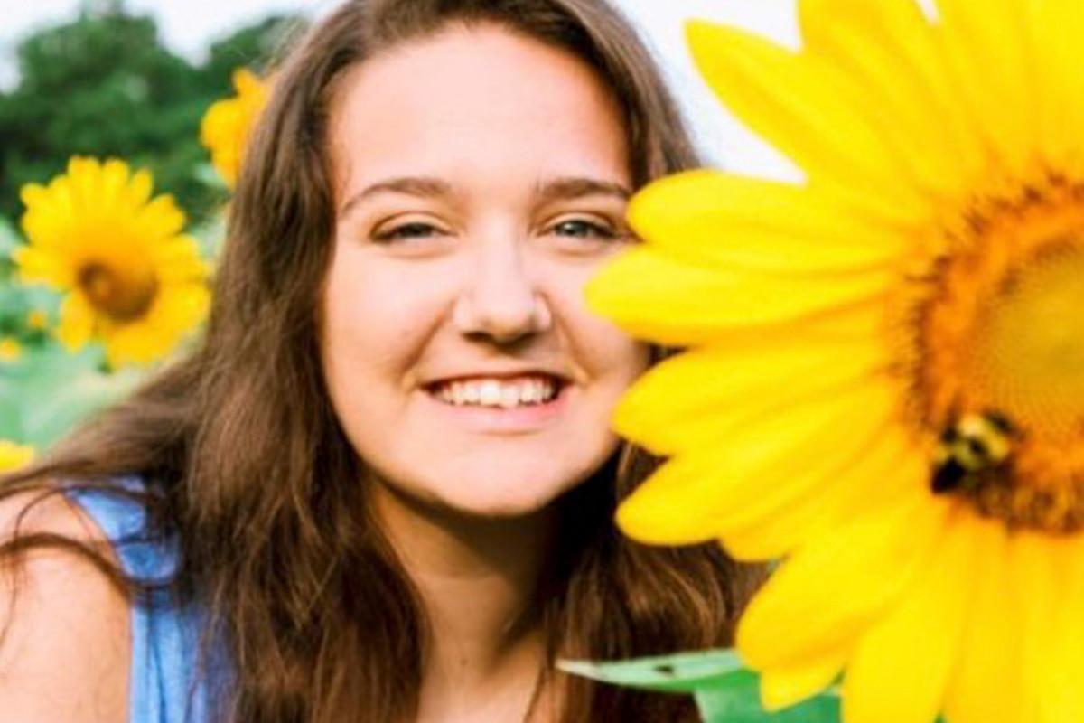 Adolescente de Georgia muere en accidente de paracaidismo de 'lista de deseos'