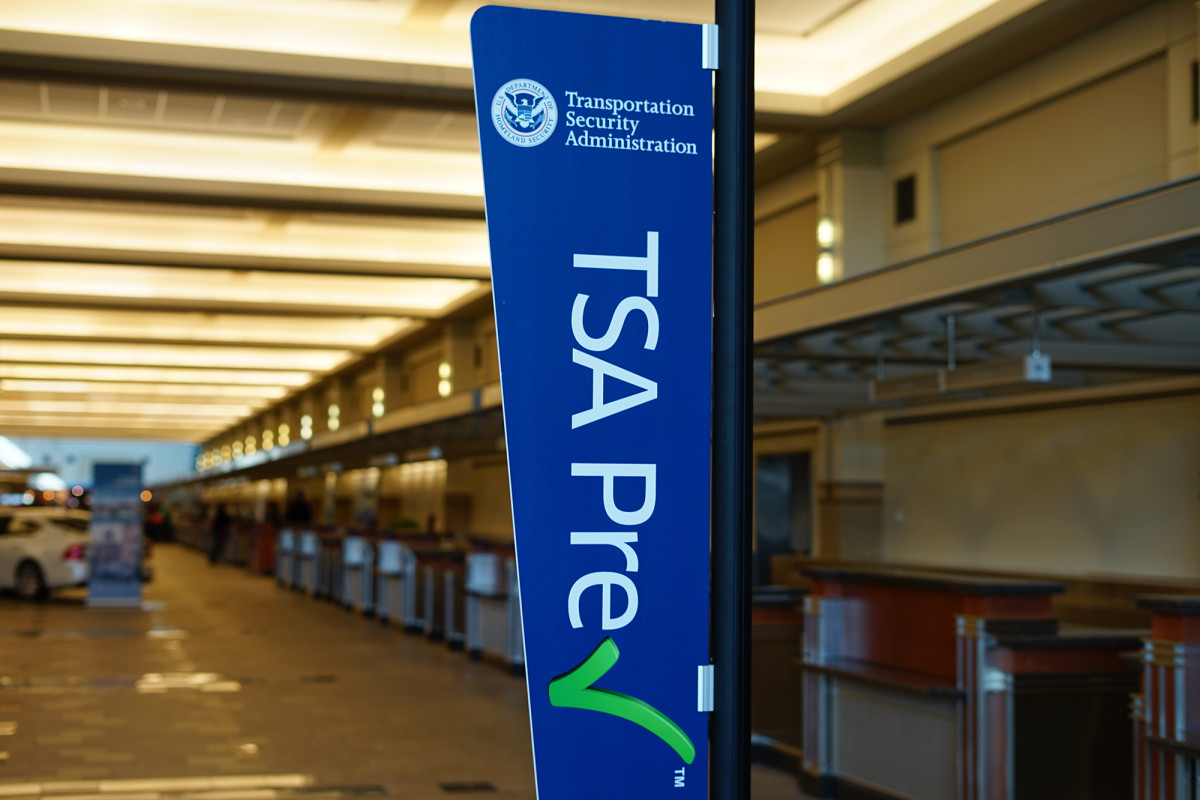 Agente anónimo de la TSA describe supuestas condiciones de trabajo inseguras