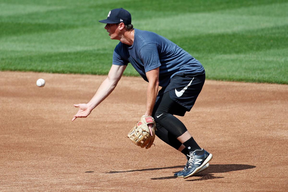 DJ LeMahieu de los Yankees regresa después de coronavirus, día de apertura incierto