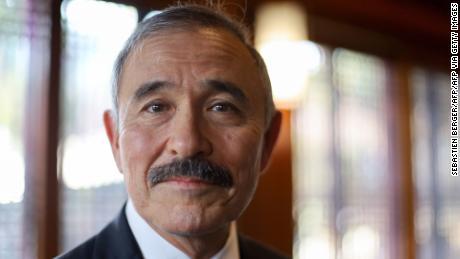 Racismo, historia y política: por qué los surcoreanos se están volcando por el bigote de un embajador de EE. UU.