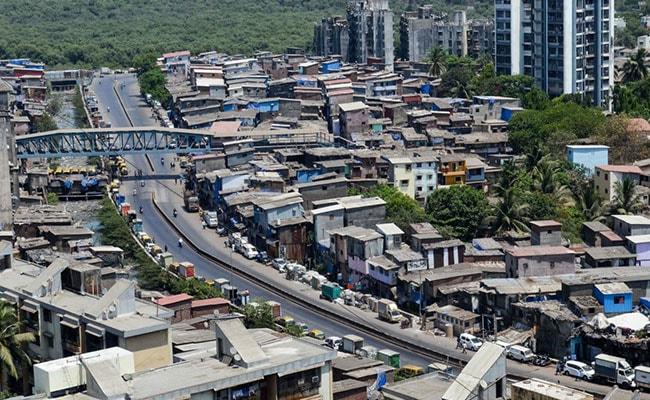 El gobierno de Maharashtra gasta Rs 1.37 millones de rupias en automóviles de lujo, luego de que el ministro dice que no hay dinero para los salarios