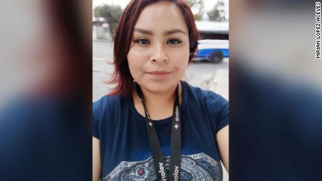 Mirian López Aceves depende de las remesas de su madre que trabaja en los Estados Unidos.