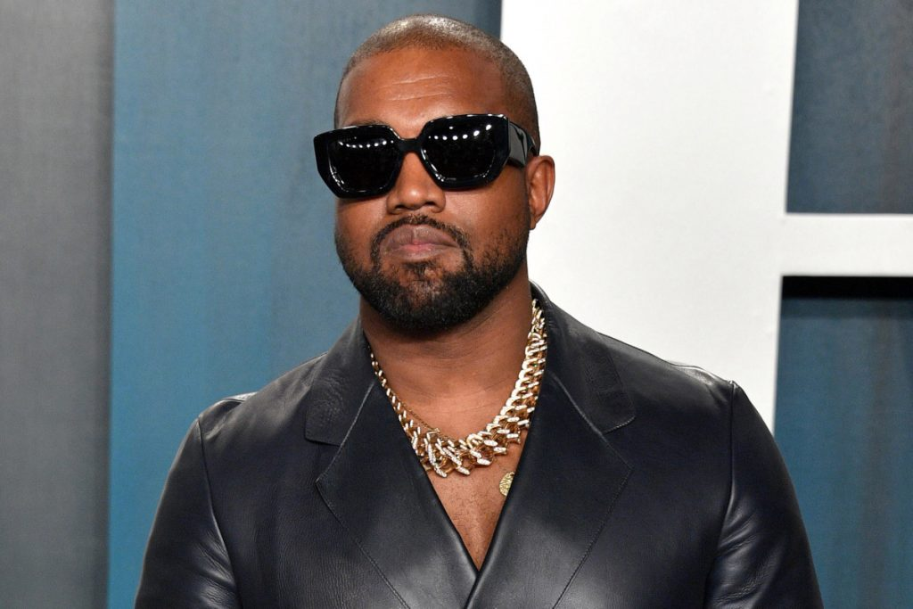 Kanye West tuitea que se postula para presidente