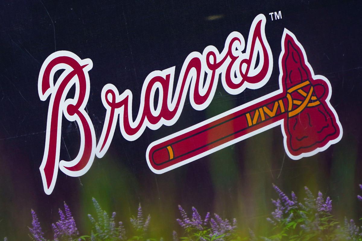 Los Bravos de Atlanta no siguen el mismo camino que los pieles rojas y los indios