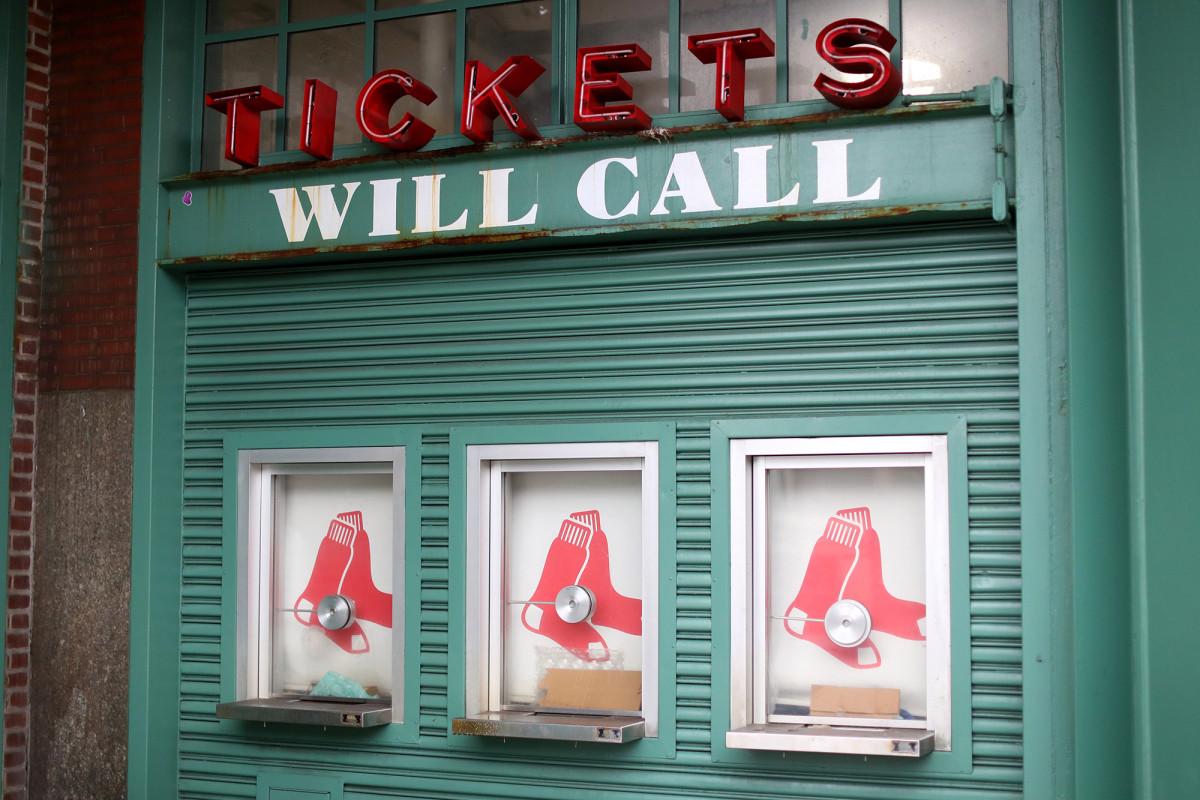 Medias Rojas venciendo a Yankees, Mets, en la política de boletos de coronavirus