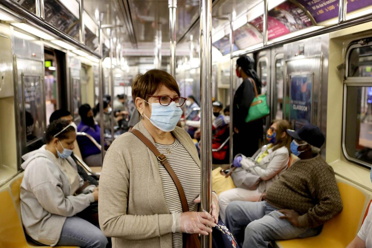 Sube la cantidad de pasajeros del metro desde que el cierre del coronavirus de Nueva York disminuyó