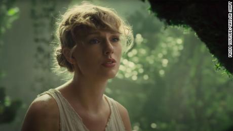 Los huevos de Pascua en Taylor Swift & # 39; s & # 39; Cardigan & # 39; descifrado