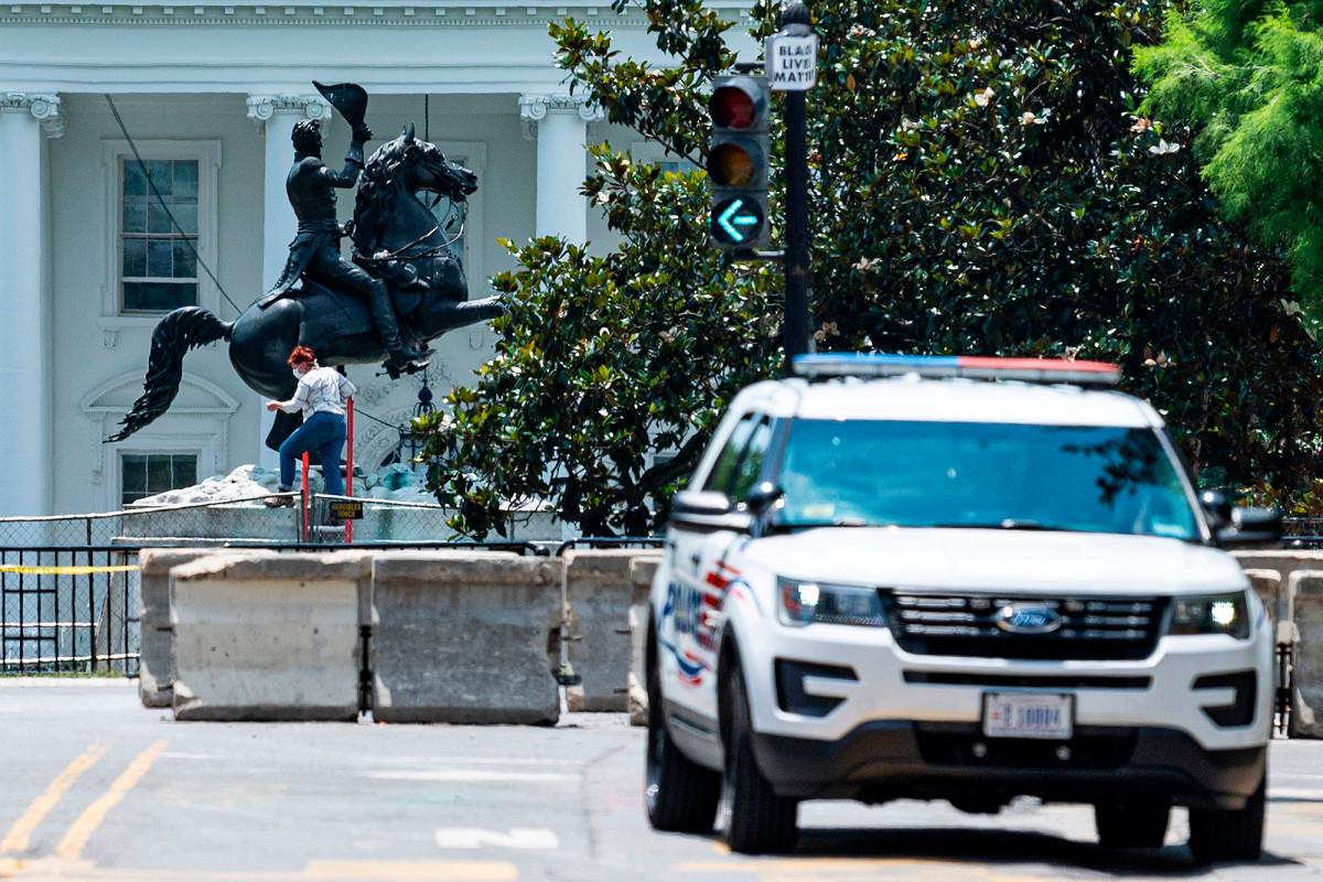 Trump despliega oficiales federales para proteger monumentos el 4 de julio