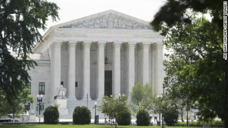 LEA: Fallo de la Corte Suprema sobre la solicitud del fiscal de Nueva York para los registros financieros de Trump