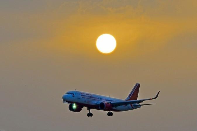 El avión de Air India que volaba el viaje inaugural desde Lucknow,