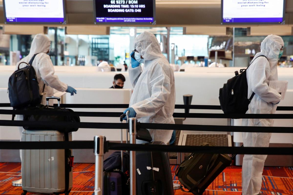 Singapur hará que los viajeros usen etiquetas electrónicas para hacer cumplir la cuarentena