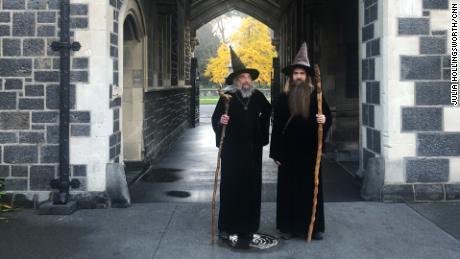 El mago y su aprendiz, Ari Freeman, en Christchurch el 2 de junio de 2020.