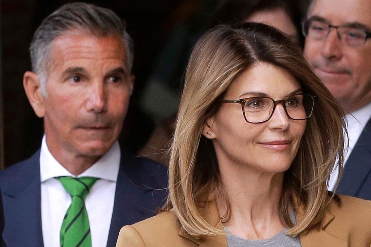 Lori Loughlin compra una casa de $ 9.5 millones después de vender una mansión de $ 18 millones