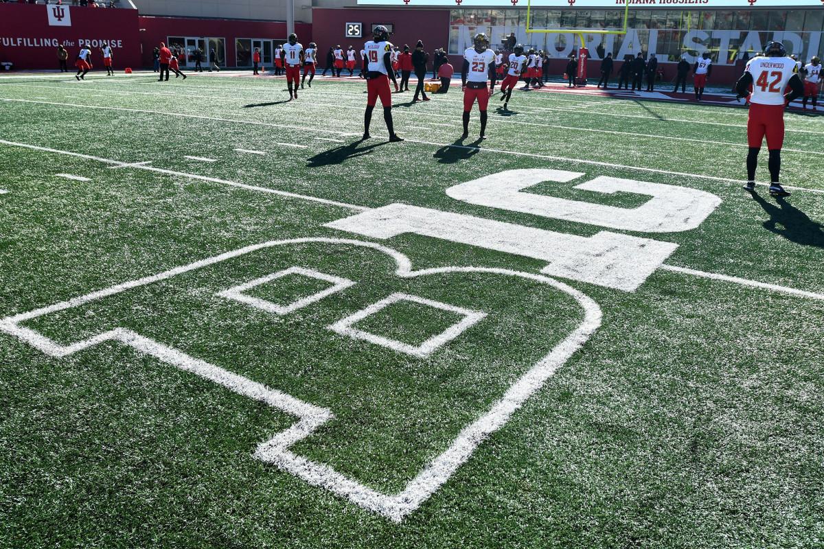 Big Ten cancela los deportes de otoño en el mayor éxito de fútbol universitario hasta la fecha