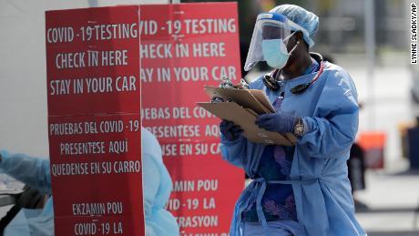 Tasa de positividad del coronavirus: lo que significa el término