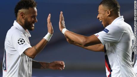 Neymar y Kylian Mbappé participaron en ambos goles.