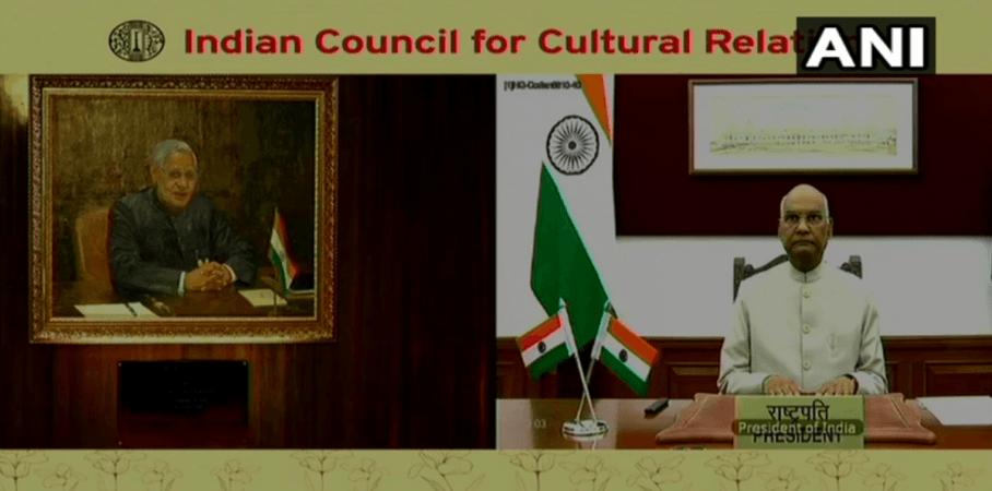 El presidente Kovind presenta el retrato de Atal Bihari Vajpayee