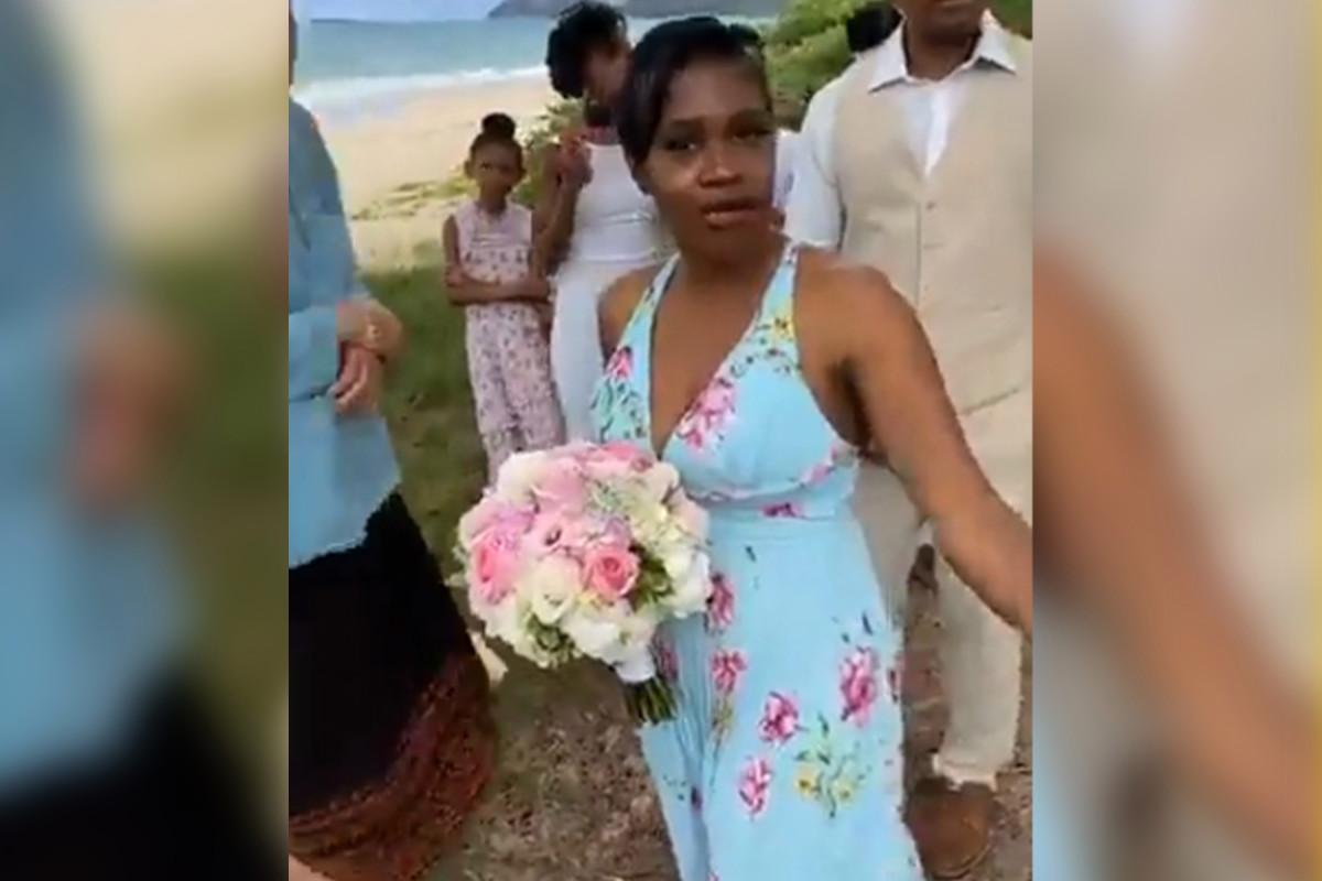 Mujer tiende una emboscada a boda en la playa en Hawái por regulaciones de COVID-19