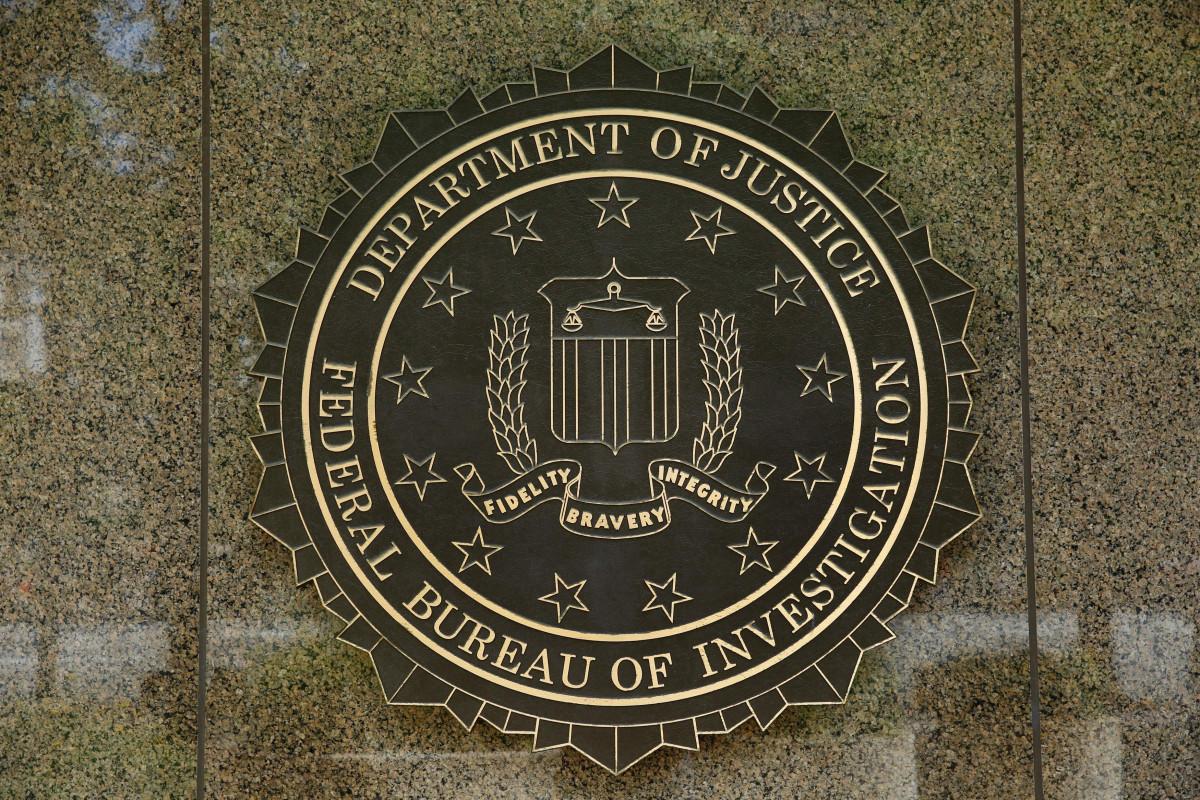 El FBI le dio al expediente Steele una 'credibilidad injustificada', dice el Comité de Intel del Senado