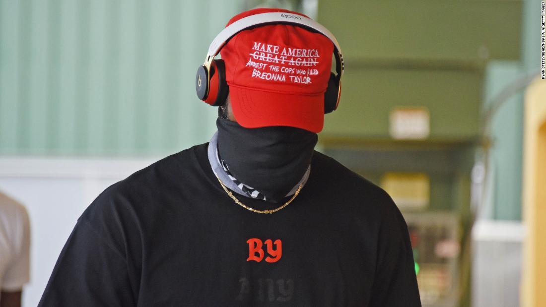 LeBron y Lakers usan gorros rojos tipo MAGA pero el mensaje pide justicia para Breonna Taylor