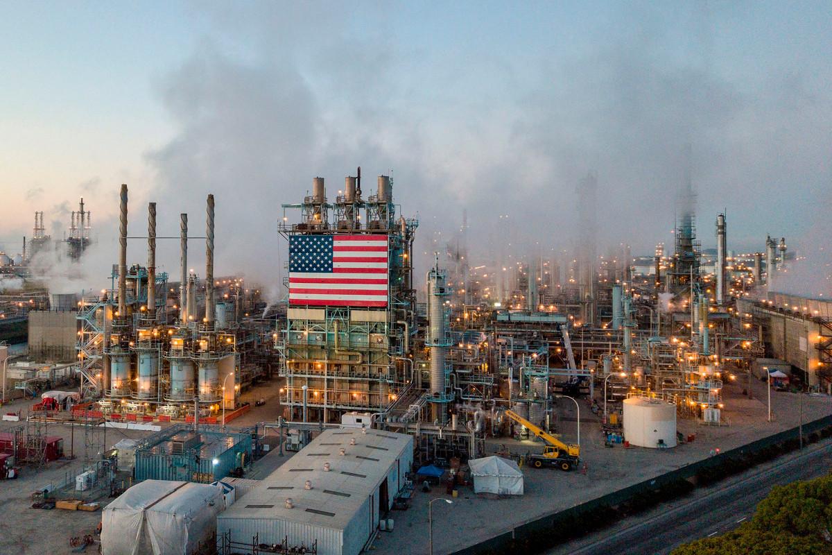 Los demócratas recortan el lenguaje para acabar con los subsidios a los combustibles fósiles: informe