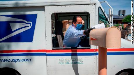 La controversia del Servicio Postal, explicada
