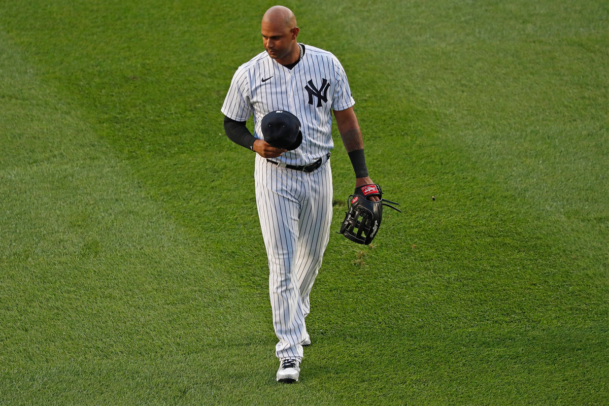 Aaron Hicks de los Yankees admite que su brazo a veces 'apesta'