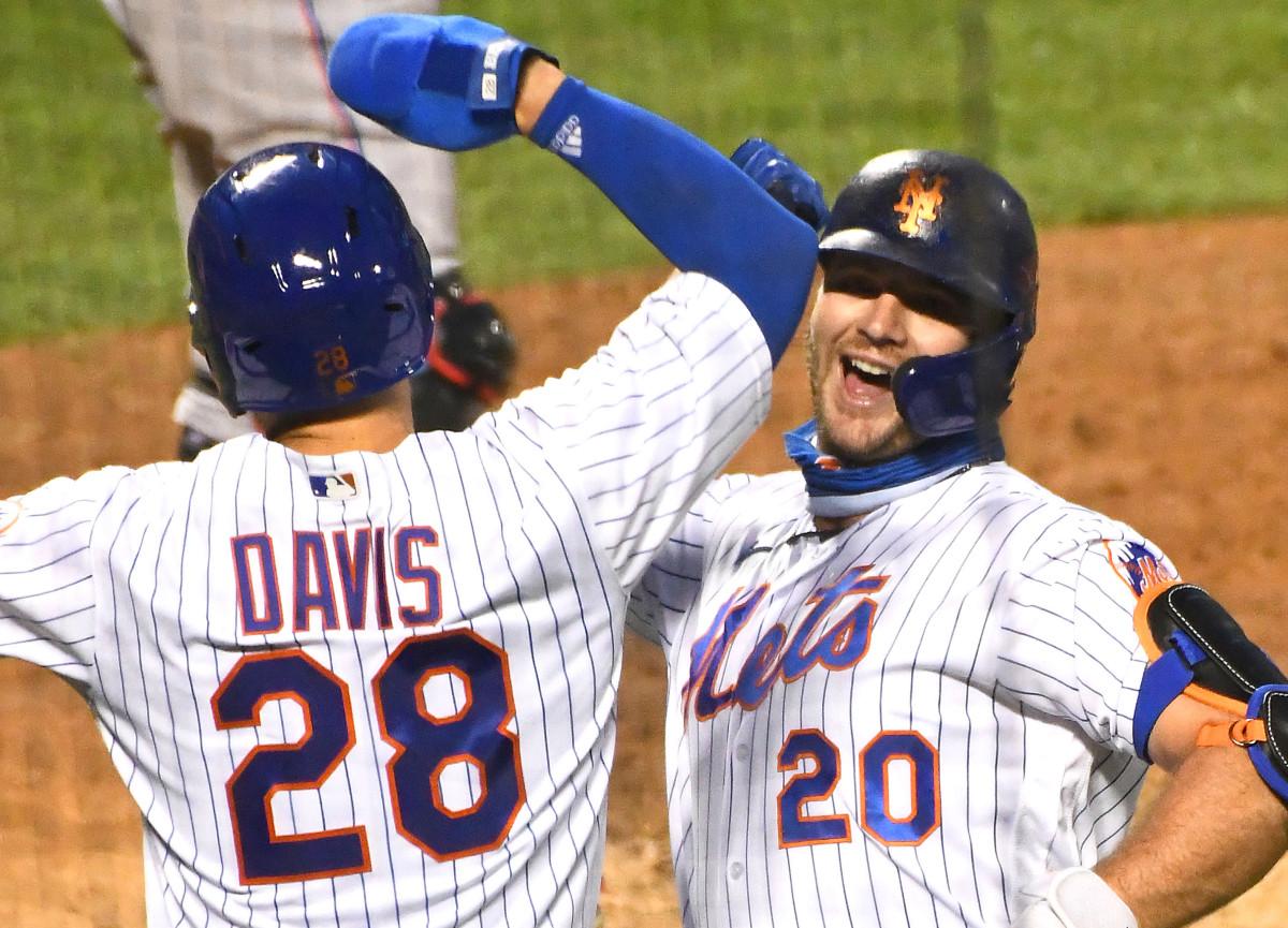 El novato David Peterson gana de nuevo mientras los Mets superan a los Marlins