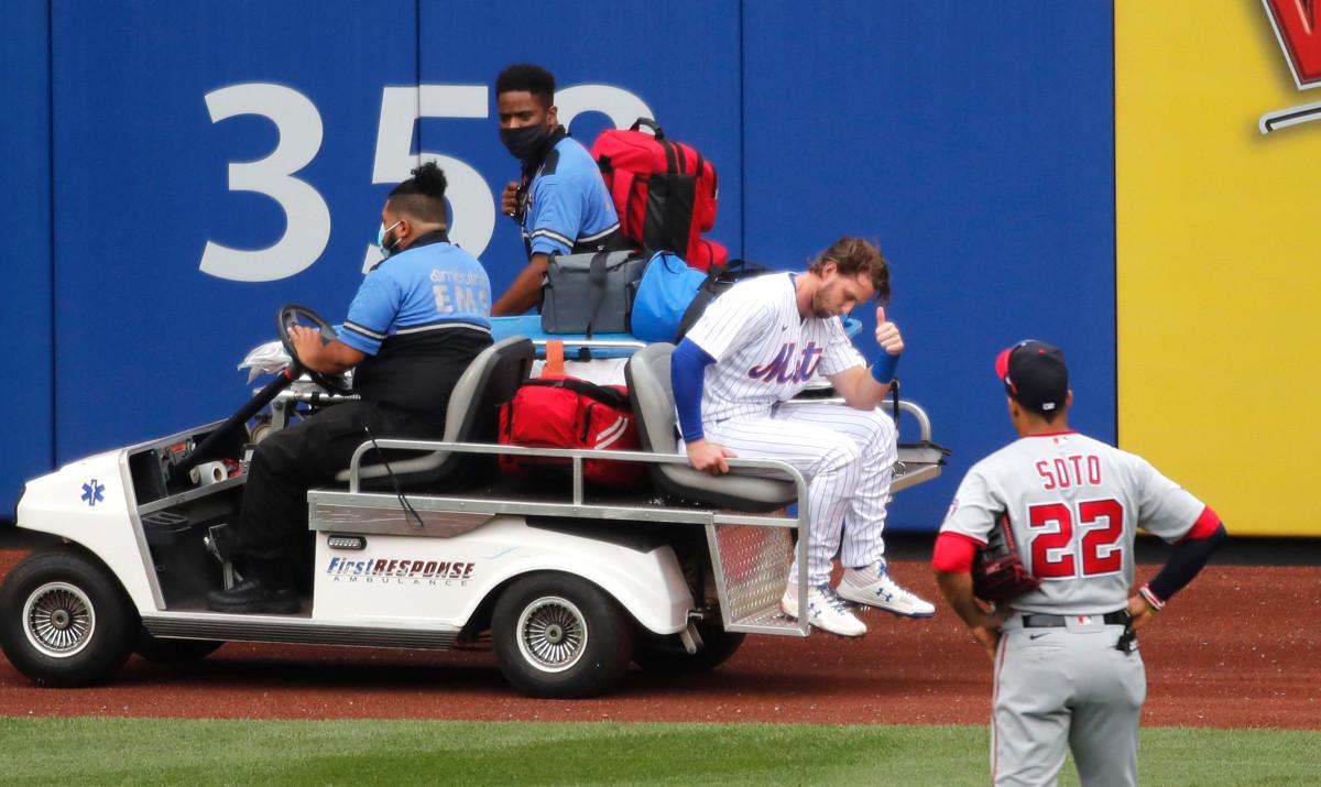 Jeff McNeil de los Mets temía lo peor después de un 'aterrador' choque contra la pared
