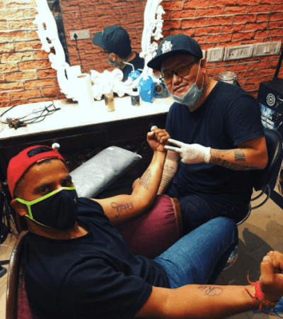 Suresh Raina se hace un tatuaje