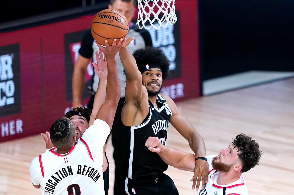 Los Nets luchan pero no pueden evitar que los Trail Blazers lleguen a los playoffs