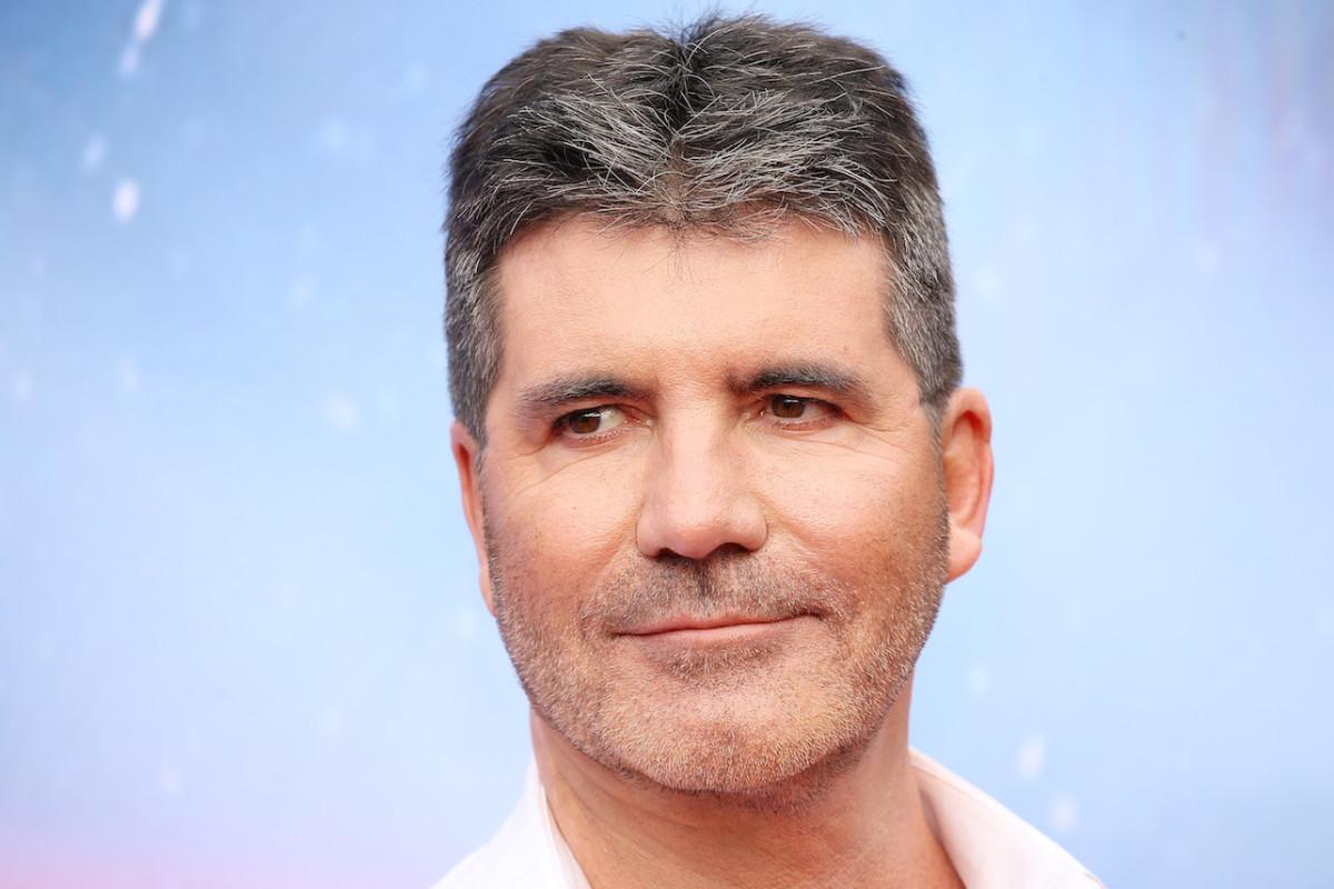 Simon Cowell hospitalizado, se somete a una cirugía después de un accidente de bicicleta eléctrica en Malibú